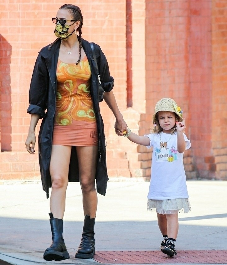 Irina Shayk shows off model legs during walk with daughter Lea in New York City