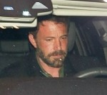 Jennifer Lopez and Ben Affleck get caught in a flash frenzy arriving for a dinner date in Beverly Hills!