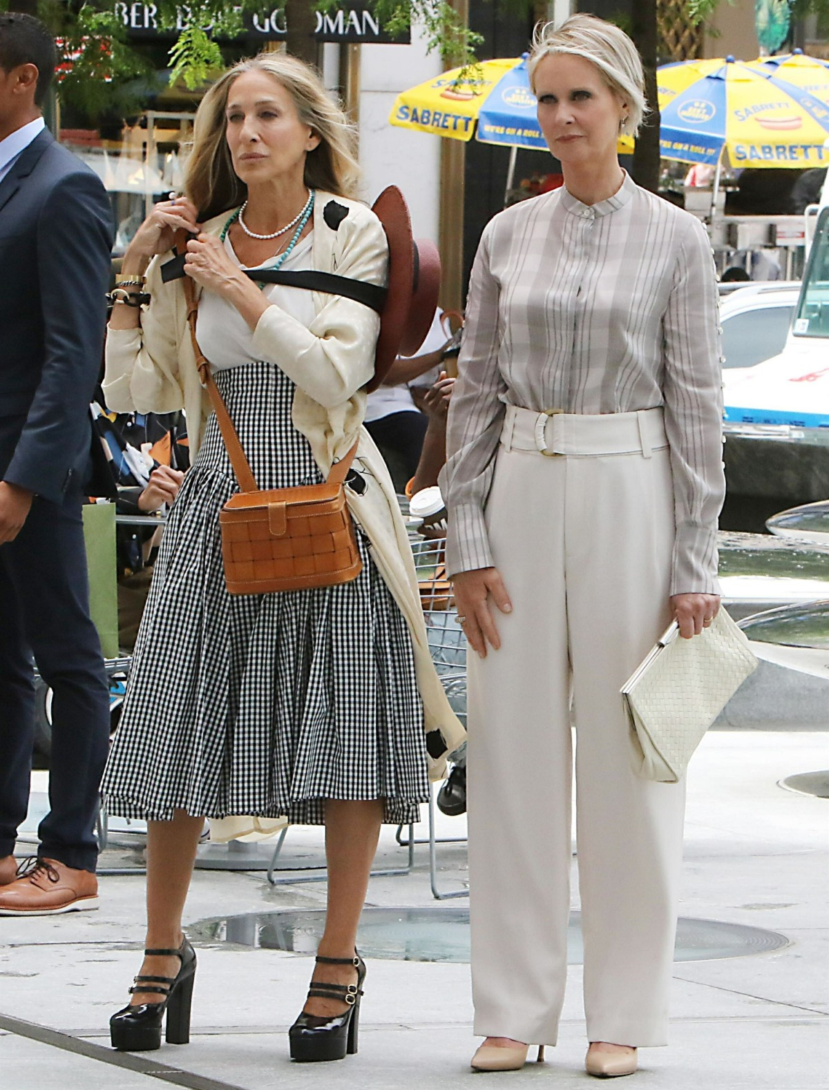 Sarah Jessica Parker and Cynthia Nixon  Filming 'And Just Like That'