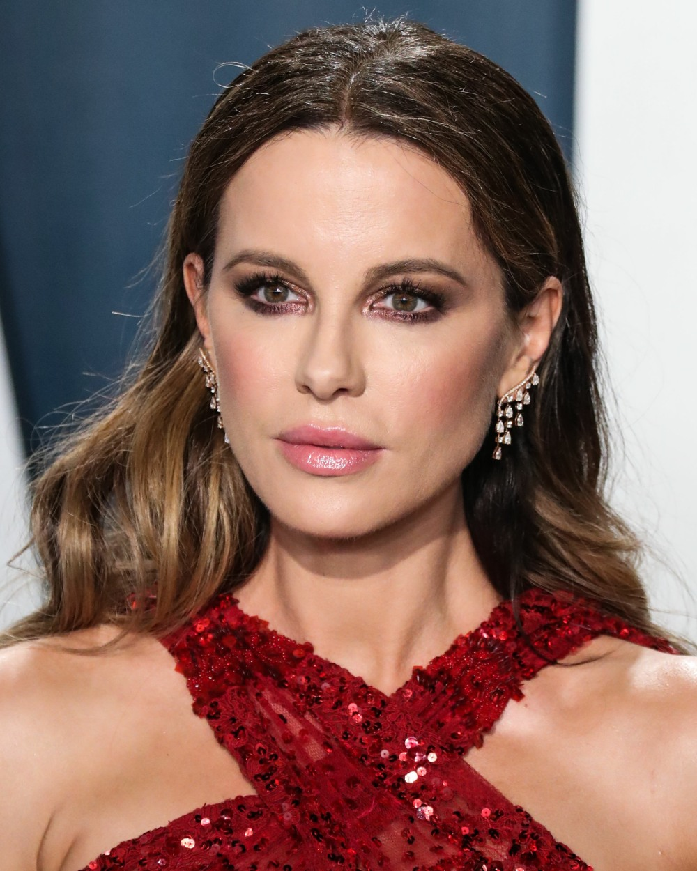 Actress Kate Beckinsale arrives at the 2020 Vanity Fair Oscar Party held at the Wallis Annenberg Cen...