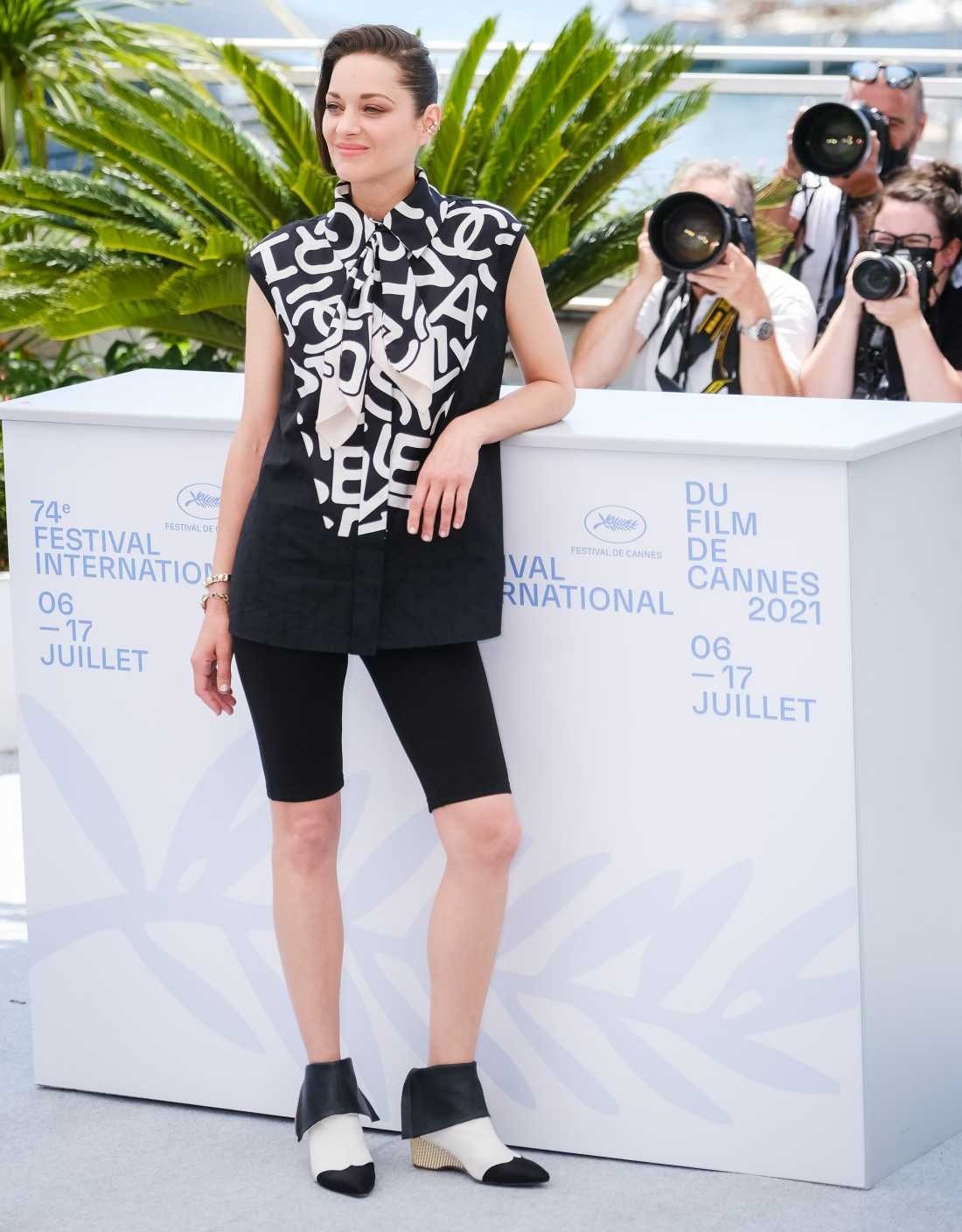 Marion Cotillard poses at the Photocall for Annettee during the 74th Cannes International Film Festival on Tuesday 6 July 2021
