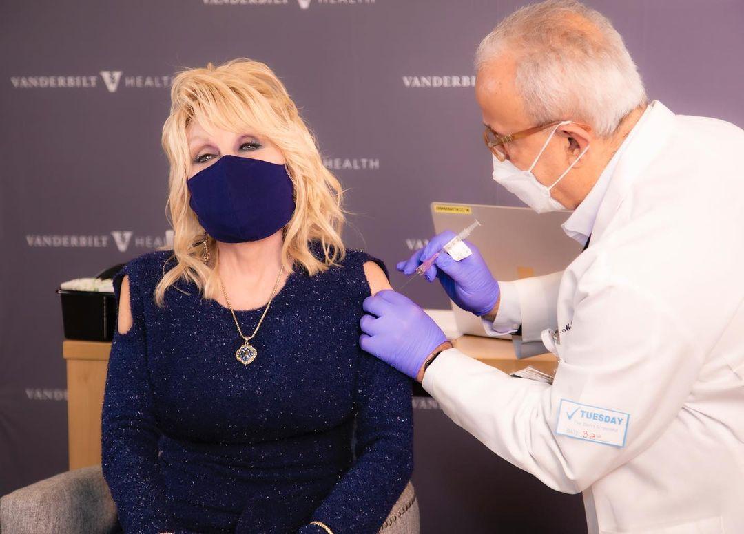 Dolly getting her first Moderna vaccine, via Instagram