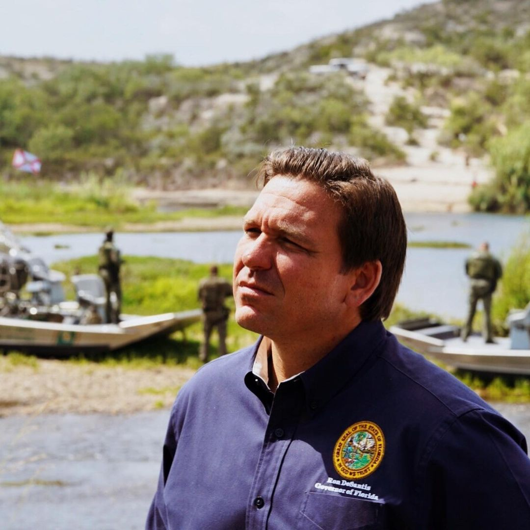 Ron DeSantis attempting to look contemplative in front of border patrol agents in the background. He's the worst! I got this from his Instagram