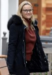 Reese Witherspoon takes her mom out for breakfast at Le Pain Quotidien in Brentwood