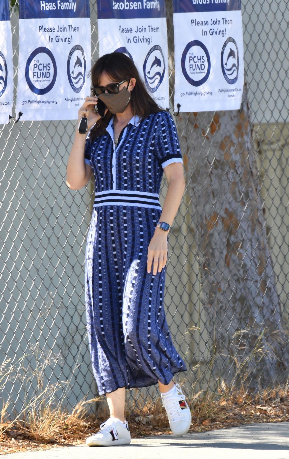 Jennifer Garner arrives in stylish blue dress to pick up son Samuel from school