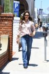 Jennifer Garner stops by her office in Brentwood