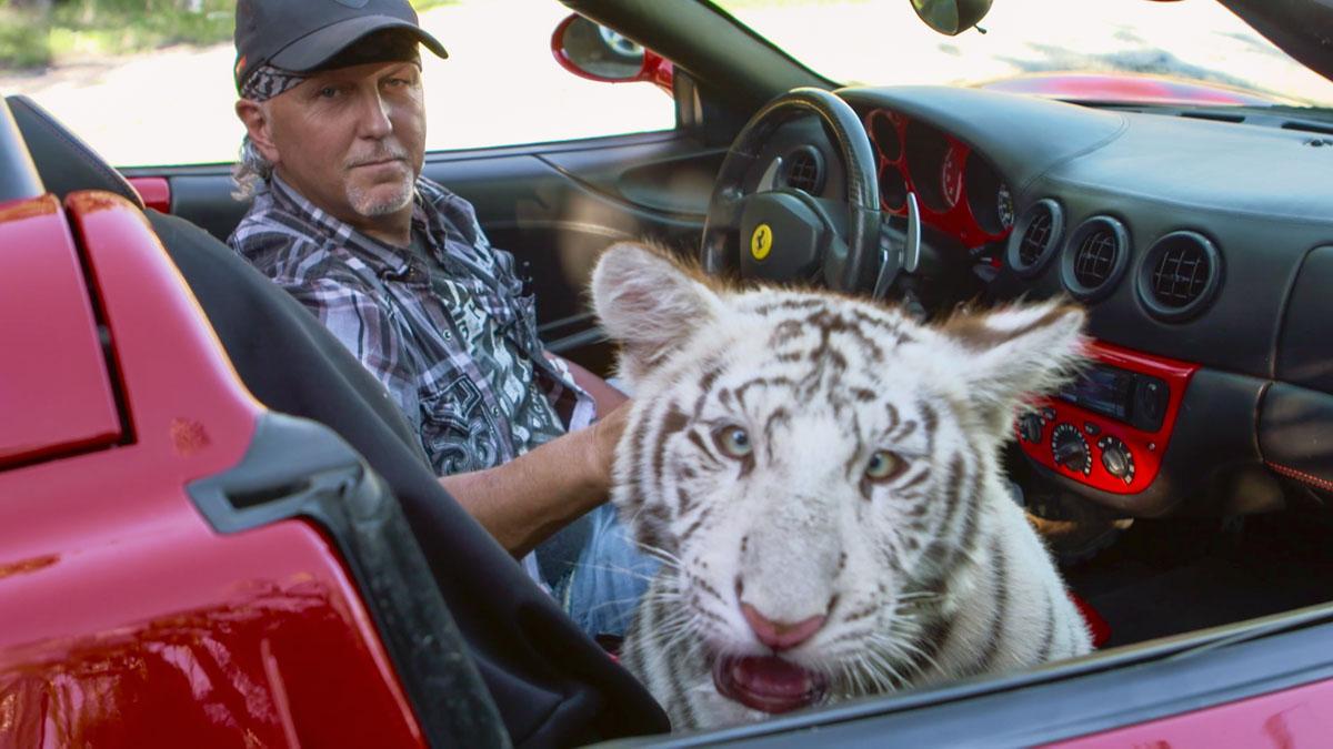 TigerKing_MurderMayhemandMadness_LimitedSeries_Episode4_00_36_52_22_R