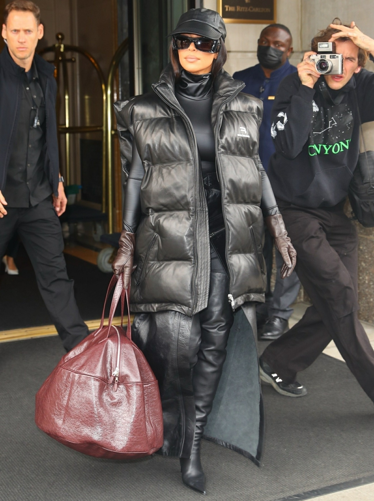 Kim Kardashian steps out for SNL rehearsals this morning in NYC