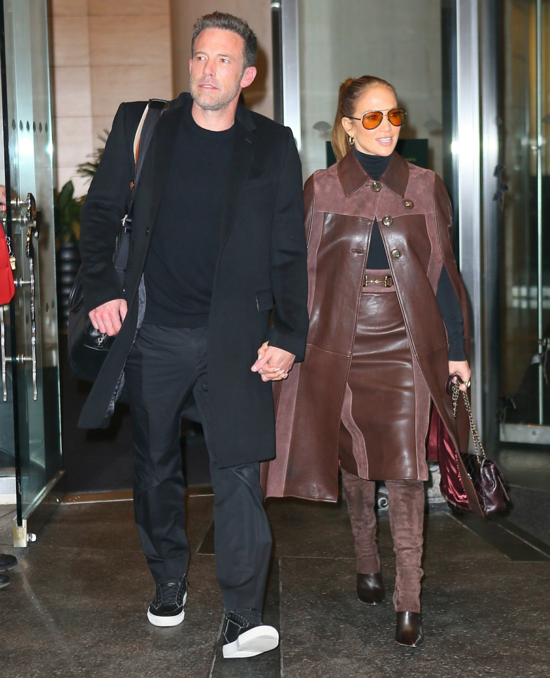 Jennifer Lopez and Ben Affleck check out of the Mandarin Hotel