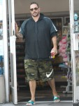 Casually-dressed Kevin Federline grabs a couple of snacks from the gas station in Tarzana