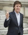 Paul McCartney CELEBRITIES : Stella Mc C..........